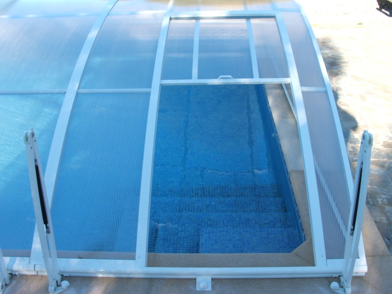Poolabri abri piscine bas relevable amovible for Verin abri piscine