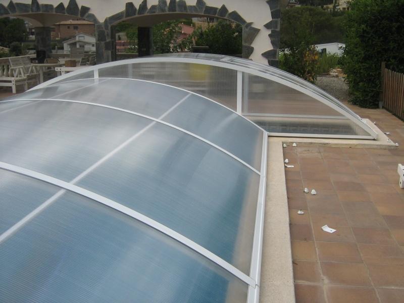Poolabri abri piscine bas relevable amovible for Abri piscine relevable