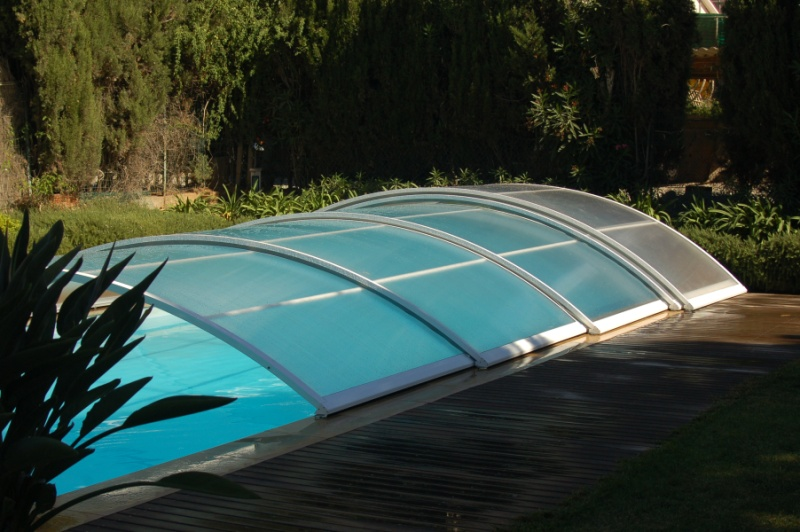 Poolabri abri piscine bas telescopique for Prix de piscine