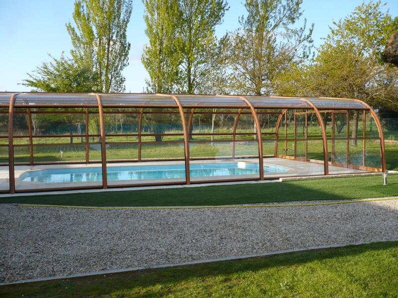 Poolabri abri piscine haut bois for Abri haut piscine