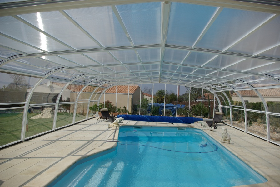 Poolabri abri piscine haut fixe for Abri haut piscine