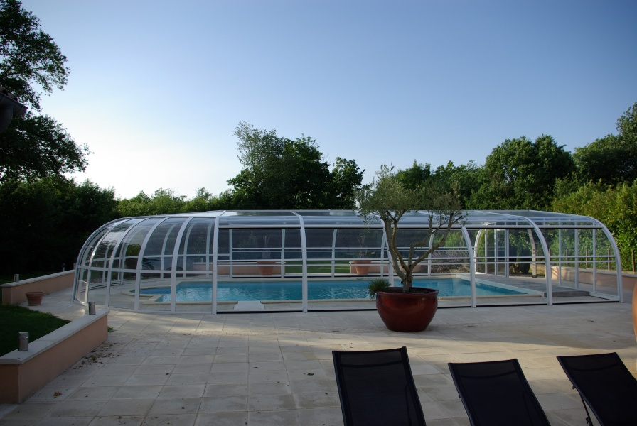 Poolabri abri piscine haut fixe for Abri piscine relevable