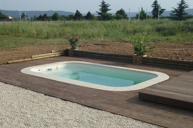 Poolabri abri piscine terrasse plat bois for Structure piscine bois